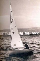 Ο Ευάγγελος Ανδριάς «Γιαλάκος» σε FINN (1964).