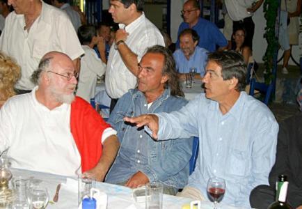 papazogloumolivos2003.jpg